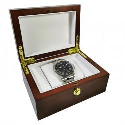 Caseta pentru un ceas din lemn
